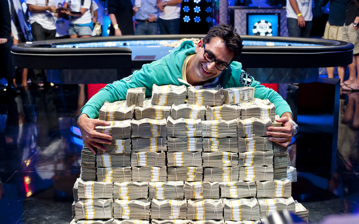 Should WSOP share its profit with the players?
